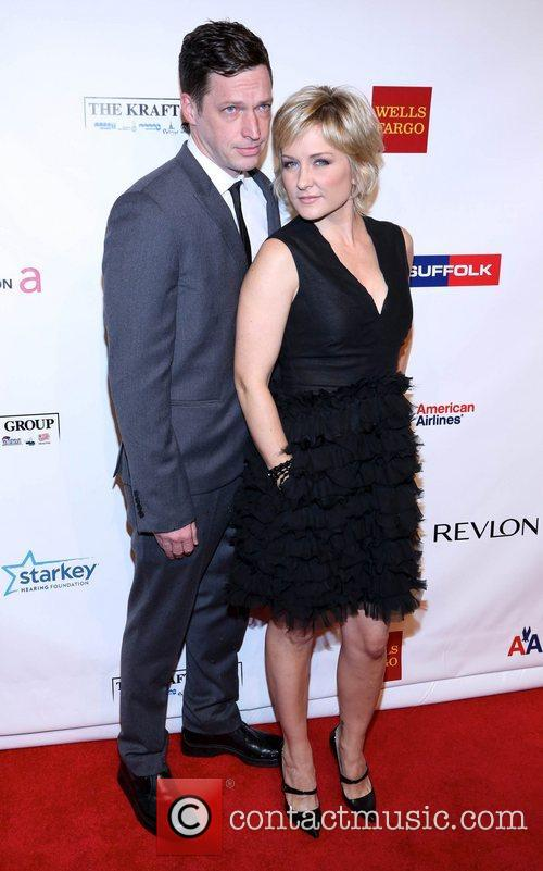 Amy Carlson picture