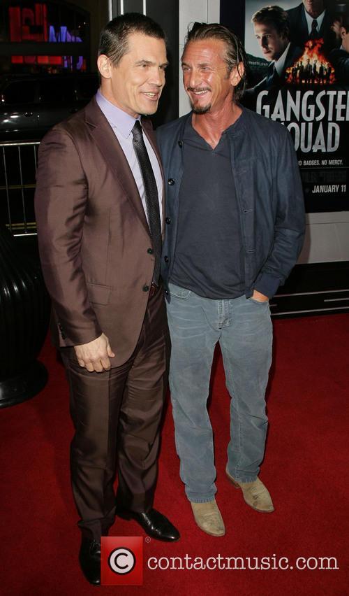Josh Brolin, Sean Penn and Grauman's Chinese Theater 10