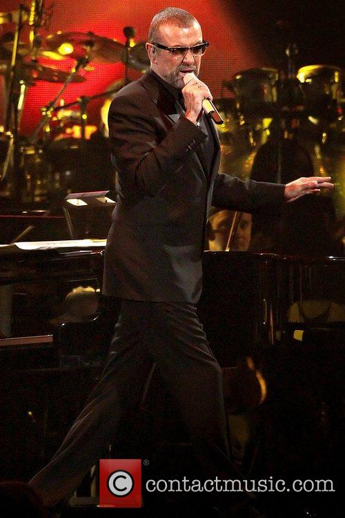 George Michael, Symphonica Tour and Manchester Evening News Arena 6