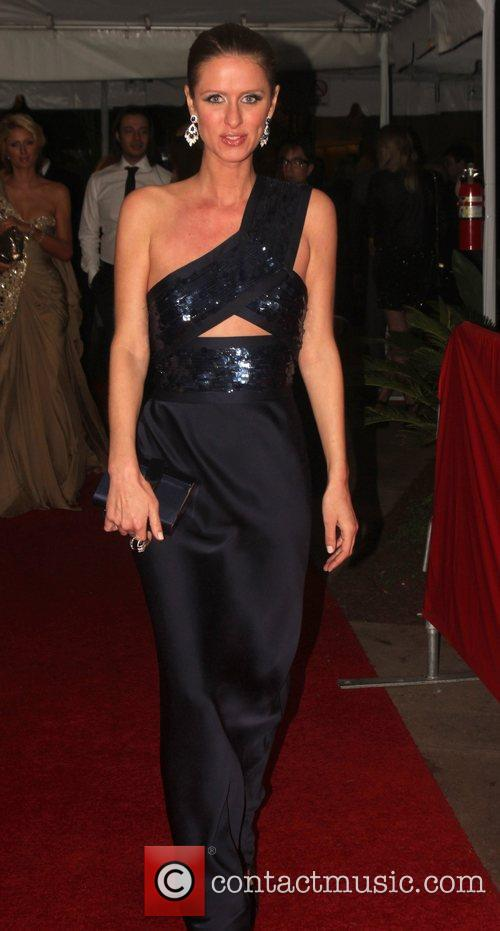 Nicky Hilton, Golden Globe Awards and Beverly Hilton Hotel 3