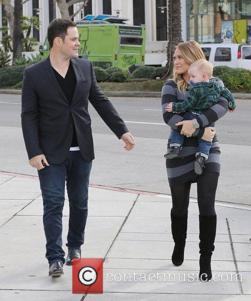 Mike Comrie, Hilary Duff and Luca Cruz Comrie 2