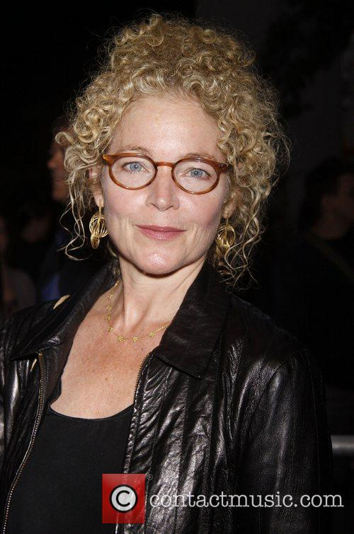Amy Irving 7