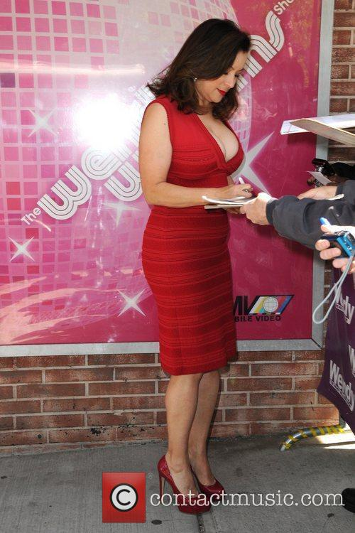 Jennifer Tilly and Wendy Williams 2
