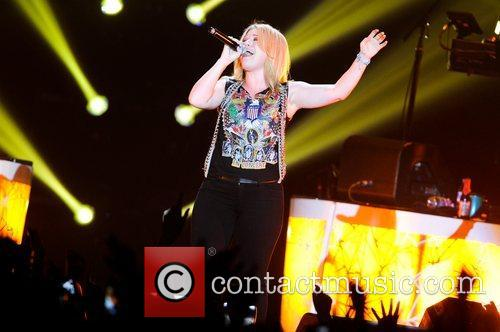 Kelly Clarkson and Wembley Arena 8
