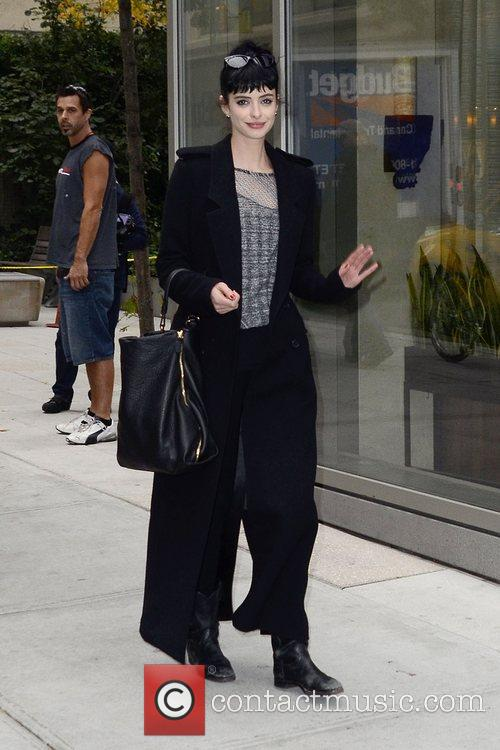 Don't Trust The B, In Apartment and Krysten Ritter 6