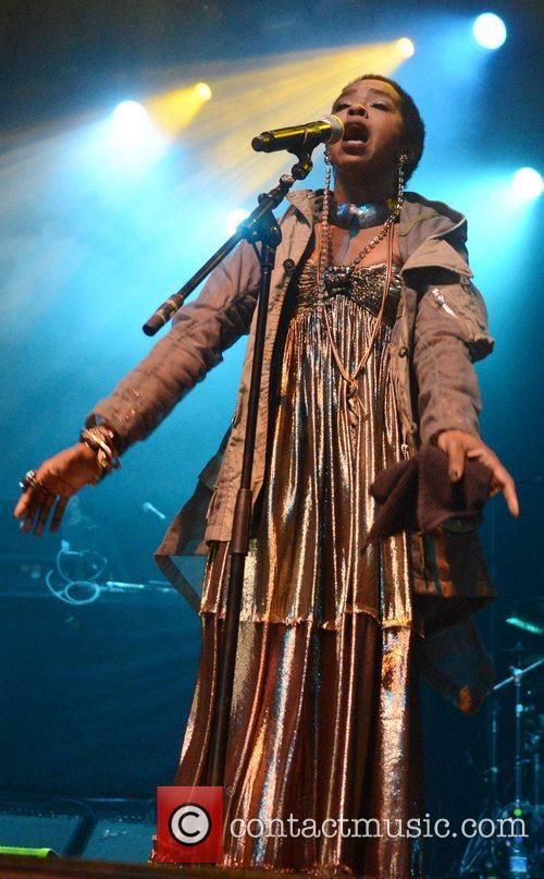 Lauryn Hill and Indigo2 7