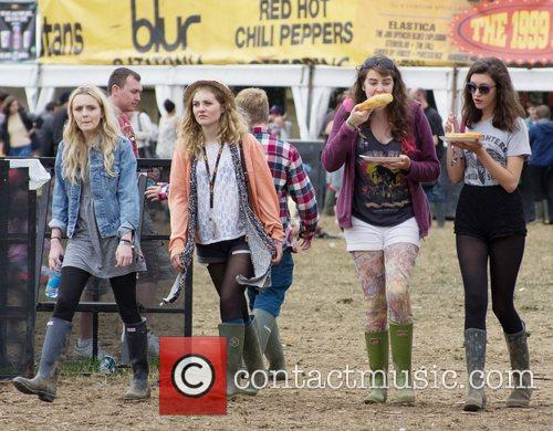 Atmosphere, Mystery Jets and Leeds & Reading Festival