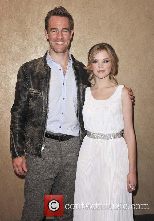 James Van Der Beek and Dreama Walker