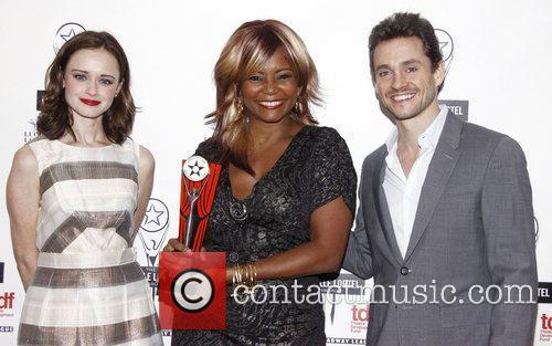 Alexis Bledel, Hugh Dancy and Tonya Pinkins