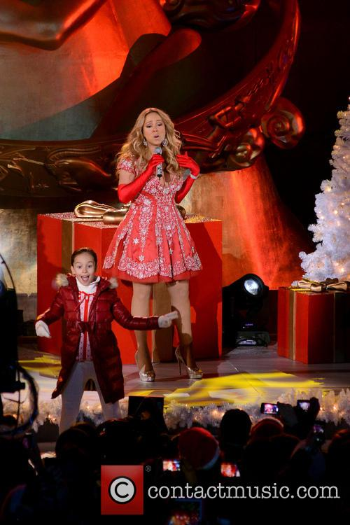 Mariah Carey, Tree Lighting Ceremony and Rockefeller Center 2