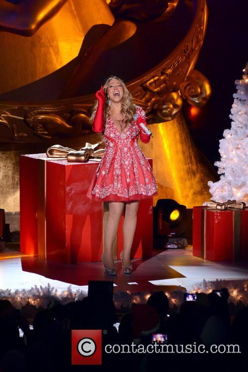 Mariah Carey, Tree Lighting Ceremony and Rockefeller Center 8