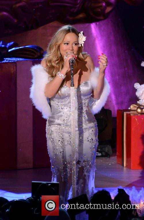 Mariah Carey, Tree Lighting Ceremony and Rockefeller Center 11