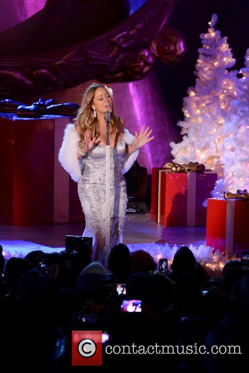 Mariah Carey, Tree Lighting Ceremony and Rockefeller Center 7