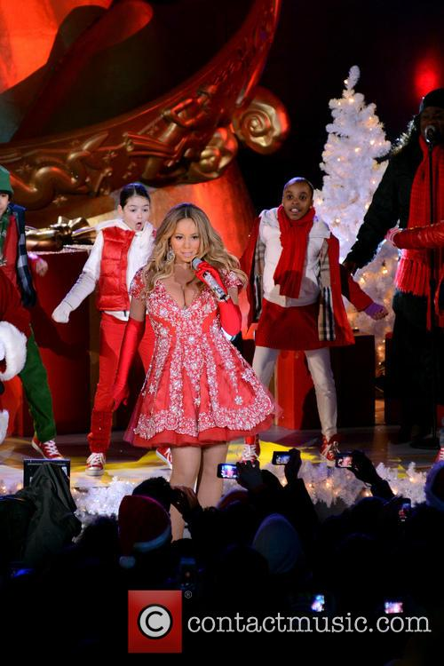 Mariah Carey, Tree Lighting Ceremony and Rockefeller Center 9