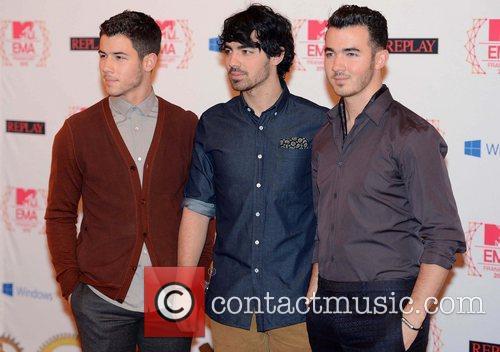 Nick Jonas, Joe Jonas, Kevin Jonas and Jonas Brothers 1