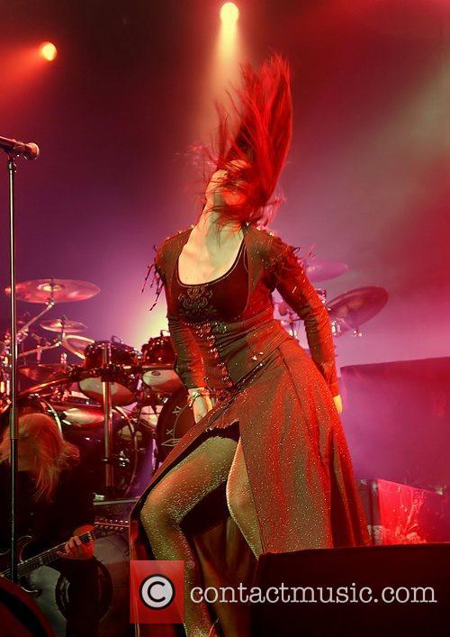 Floor Jansen, Nightwish, Manchester and Apollo 9