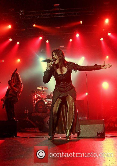 Floor Jansen, Nightwish, Manchester and Apollo 7