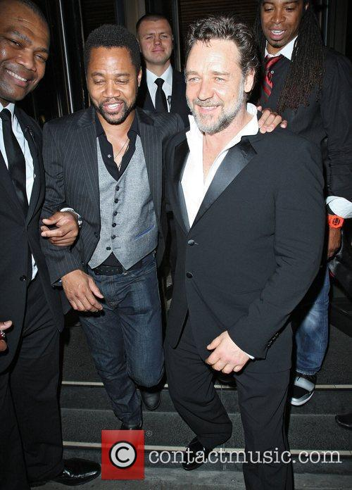 Russell Crowe and Cuba Gooding Junior 1