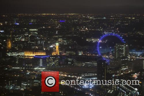 Houses, Parliament and London Eye 5