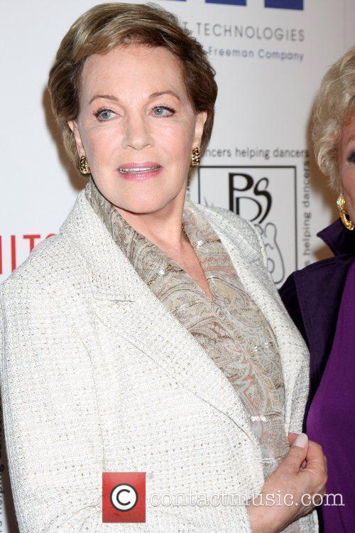 Julie Andrews and Beverly Hilton Hotel 5