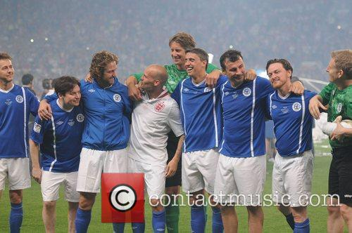Edward Norton, Freddie Ljungberg, Gerard Butler, James Mcavoy, Joe Calzaghe, Mike Myers and Patrick Kielty