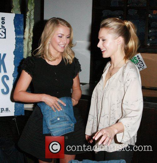 Julianne Hough and Kristen Bell 5