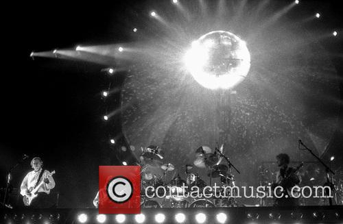 David Gilmour, Scott Page, Nick Mason and Guy Pratt 7