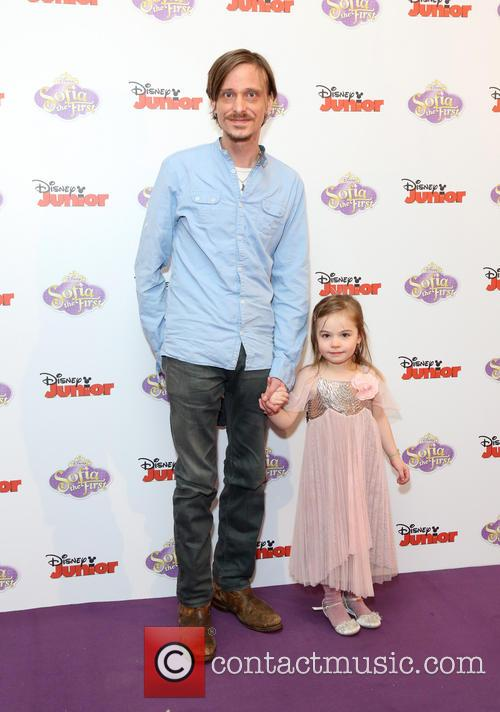 Mackenzie Crook and Daughter Scout Crook 1