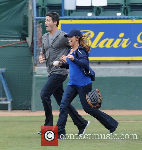 Jennifer Love Hewitt and Brian Hallisay 2