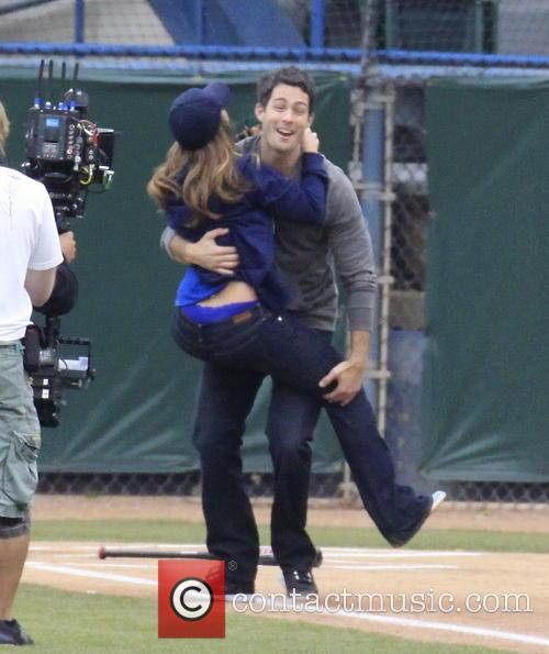 Jennifer Love Hewitt and Brian Hallisay 1