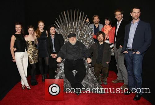 Michelle Fairley, Maisie Williams, Sophie Turner, Kit Haringston, George R.r. Martin, Peter Dinklage, Nikolaj Coster-waldau, Lena Heady, David Benioff and D. B. Weiss