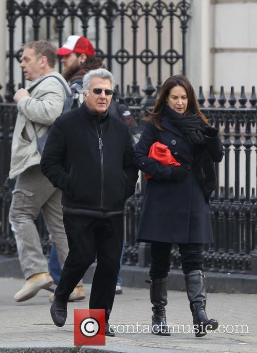 Dustin Hoffman and Lisa Hoffman 7