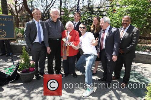 Neol Yauch, Frances Yauch, Stephen Levin, Adam Horovitz, Rachael Horovitz, Marty Markowitz and Kevin Jeffrey 2