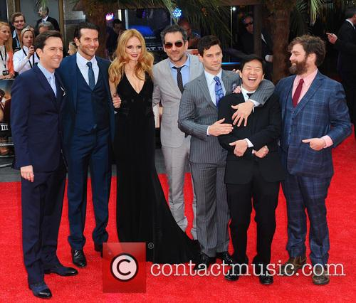 Ed Helms, Bradley Cooper, Heather Graham, Todd Phillips, Justin Bartha, Ken Jeong and Zach Galifianakis 9