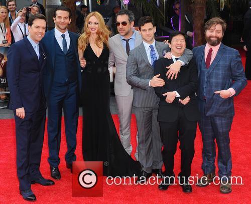 Ed Helms, Bradley Cooper, Heather Graham, Todd Phillips, Justin Bartha, Ken Jeong and Zach Galifianakis 10