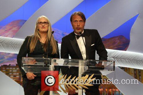 Jane Campion and Mads Mikkelsen 5