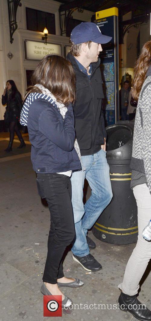 Ashton Kutcher and Mila Kunis 8
