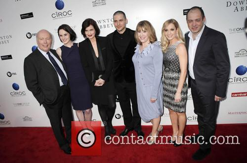 Julian Fellowes, Michelle Dockery, Elizabeth Mcgovern, Rob James-collier, Phyllis Logan, Joanne Froggatt and Gareth Neame 1