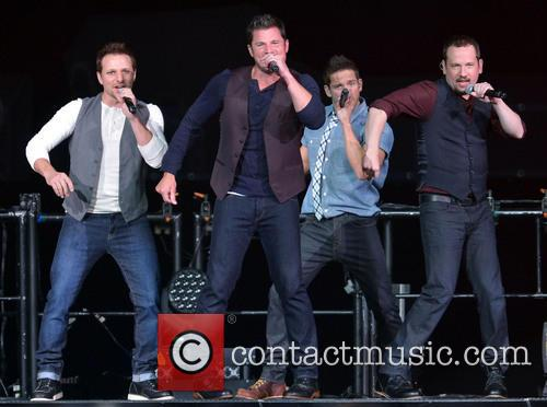 Drew Lachey, Nick Lachey, Jeff Timmons, Justin Jeffre and 98 Degrees
