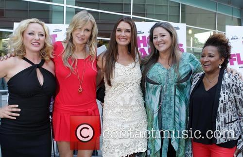 Virginia Madsen, Daryl Hannah, Brooke Shields, Camryn Manheim and Wanda Sykes 5