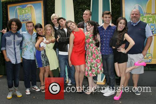 Jordan Fisher, Chrissie Fit, Kent Boyd, Mollee Gray, John Deluca, Ross Lynch, Maia Mitchell, William T. Loftis, Grace Phipps, Garrett Clayton, Jessica Lee Keller and Kevin Chamberlin