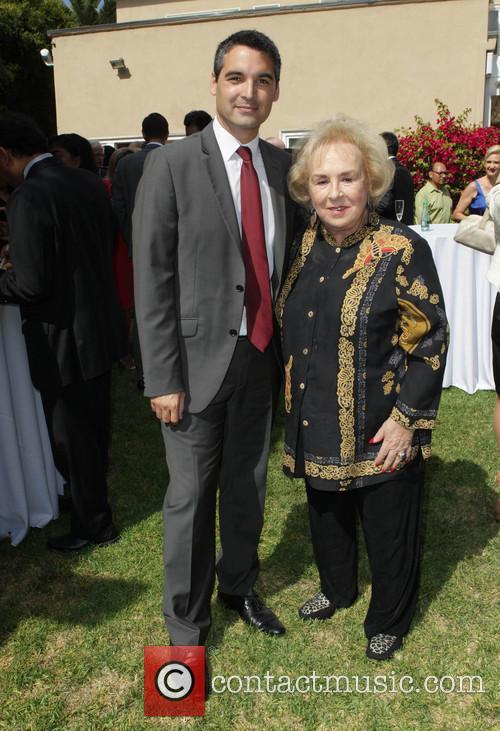 Deputy Consul Of Fabrice Maiolino and Doris Roberts 1