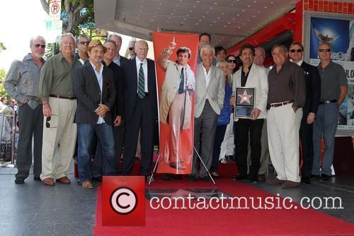 Paul Reiser, Joe Mantegna, Ed Begley, Jr, Dabney Coleman, Dick Van Dyke, Ron Perlman, Kevin Pollack, Kevin Dobson, D.b. Sweeney and Guests 6