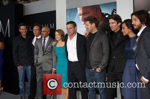 Simon Kinberg, William Fichtner, Faran Tahir, Jodie Foster, Matt Damon, Neill Blomkamp, Sharlto Copley, Alice Braga and Diego 2