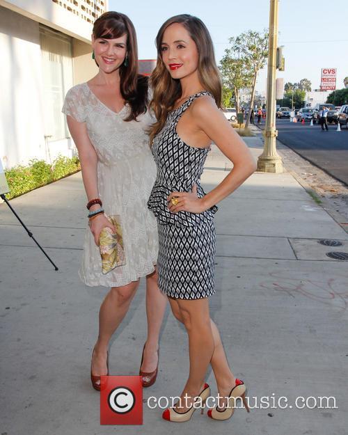 Sara Rue and Eliza Dushku 2
