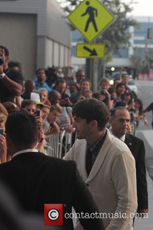 Ashton Kutcher 3