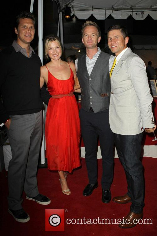 Hayes Macarthur, Ali Larter, Neil Patrick Harris and David Burtka 3