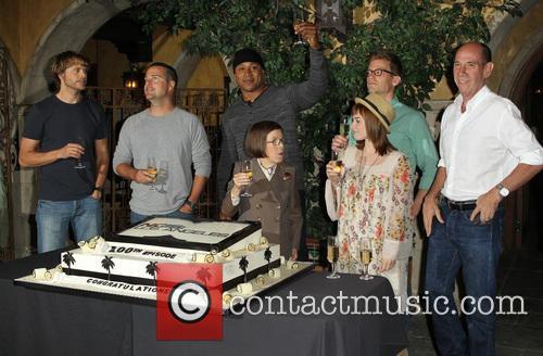 Eric Christian Olsen, Chris O'donnell, Ll Cool J, Linda Hunt, Barrett Foa, Renée Felice Smith and Miguel Ferrer 2