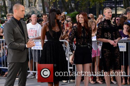 Nigel Baker, Naomi Campbell, Lydia Hearst and Anne V 3