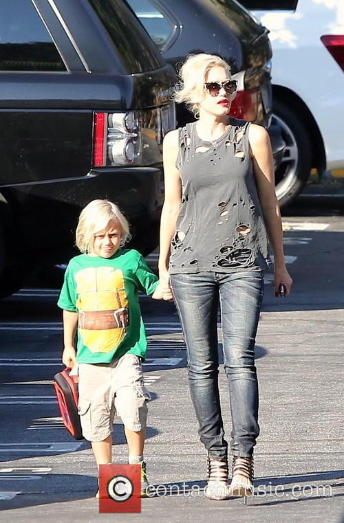Gwen Stefani and Zuma 7